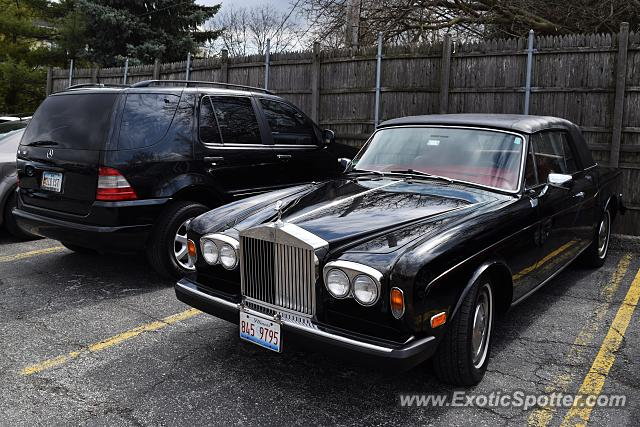 Rolls-Royce Corniche spotted in Hinsdale, Illinois
