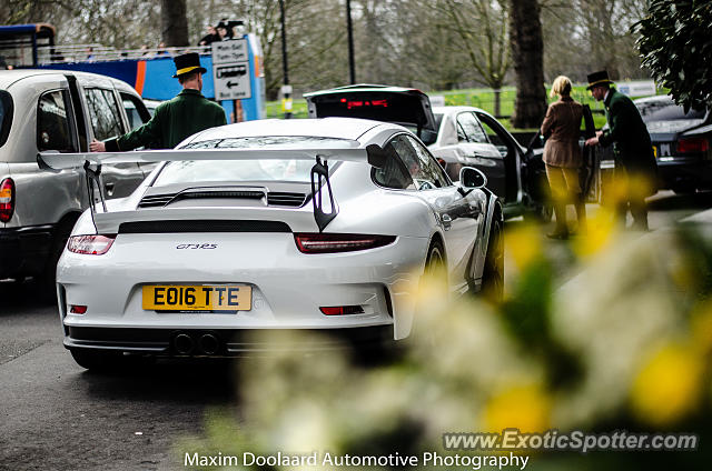 Porsche 911 GT3 spotted in London, United Kingdom