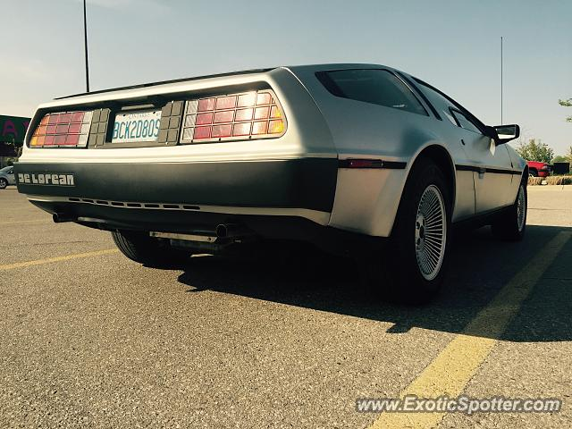 DeLorean DMC-12 spotted in Guelph, Ont, Canada