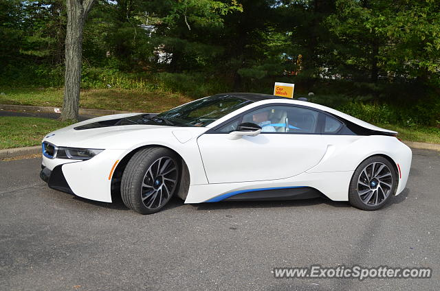 bmw i8 spotted in doylestown pennsylvania on 06 10 2016. Black Bedroom Furniture Sets. Home Design Ideas