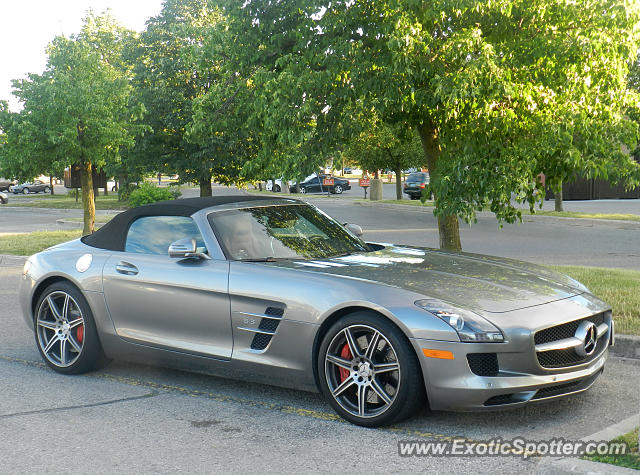 Mercedes sls amg spotted in london ontario canada on 06 for Mercedes benz london ontario