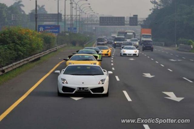 Lamborghini Gallardo Spotted In Jakarta Indonesia On 04 21 2010