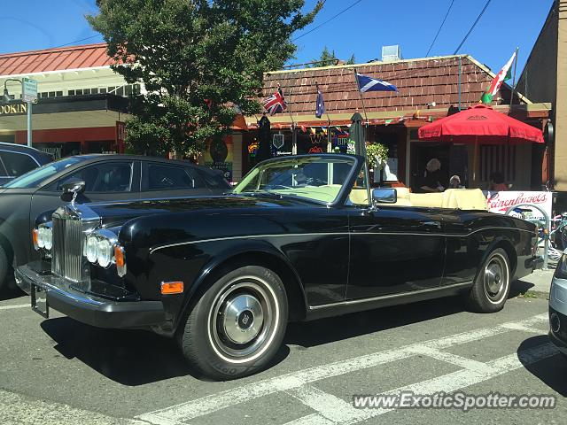 Rolls-Royce Corniche spotted in Seattle, Washington
