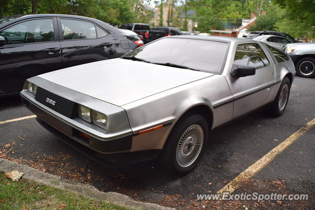 DeLorean DMC-12 spotted in Doylestown, Pennsylvania