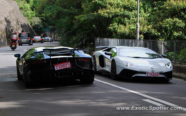 lamborghini aventador spotted in hong kong china on 07 17 2016. Black Bedroom Furniture Sets. Home Design Ideas