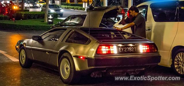 DeLorean DMC-12 spotted in Singapore, Singapore