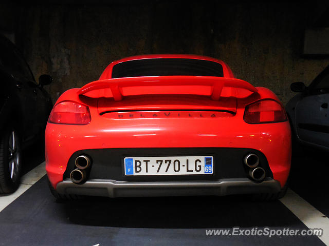 porsche cayman gt4 spotted in lyon france on 09 29 2016 photo 2. Black Bedroom Furniture Sets. Home Design Ideas