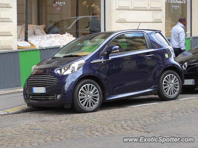 aston martin cygnet spotted in paris france on 10 08 2016. Black Bedroom Furniture Sets. Home Design Ideas