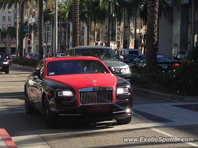 rolls royce wraith spotted in beverly hills california on 10 21 2016 photo 2. Black Bedroom Furniture Sets. Home Design Ideas