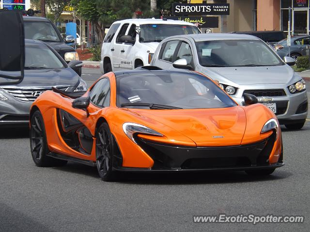 Mclaren P1 spotted in Costa Mesa, California