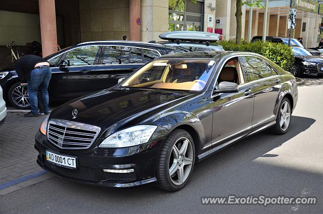 mercedes s65 amg spotted in d sseldorf germany on 04 29 2017. Black Bedroom Furniture Sets. Home Design Ideas