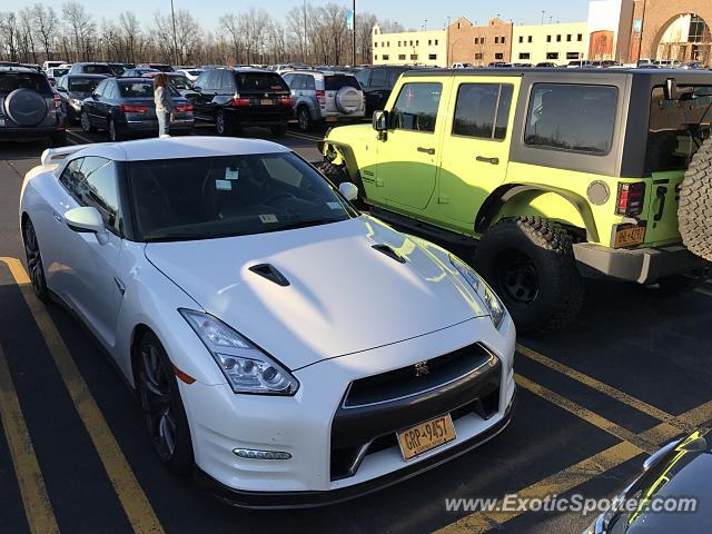 Nissan GT-R spotted in Tyre, New York