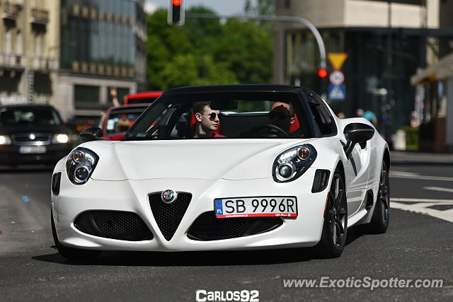 Alfa Romeo 4C spotted in Warsaw, Poland