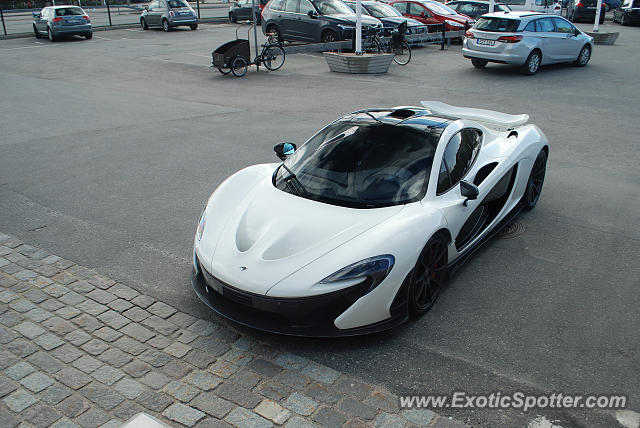 Mclaren P1 spotted in Stockholm, Sweden
