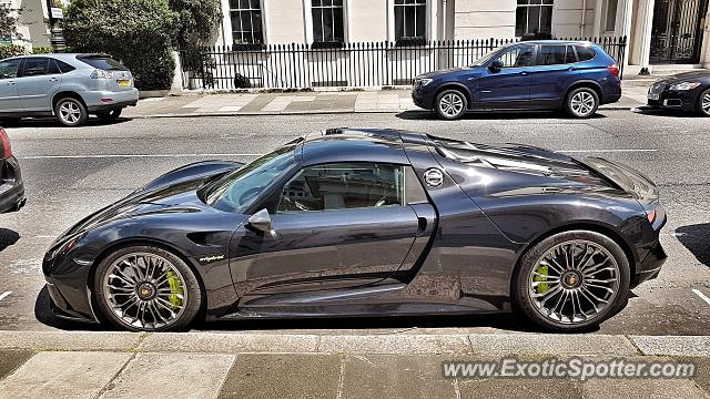 porsche 918 spyder spotted in london united kingdom on 06 14 2017. Black Bedroom Furniture Sets. Home Design Ideas