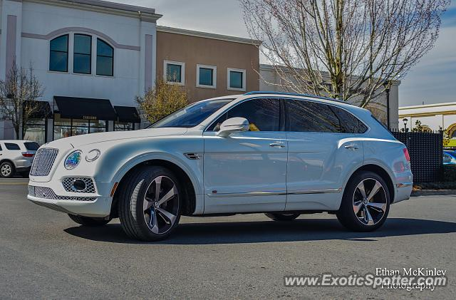 Bentley Bentayga spotted in Tigard, Oregon