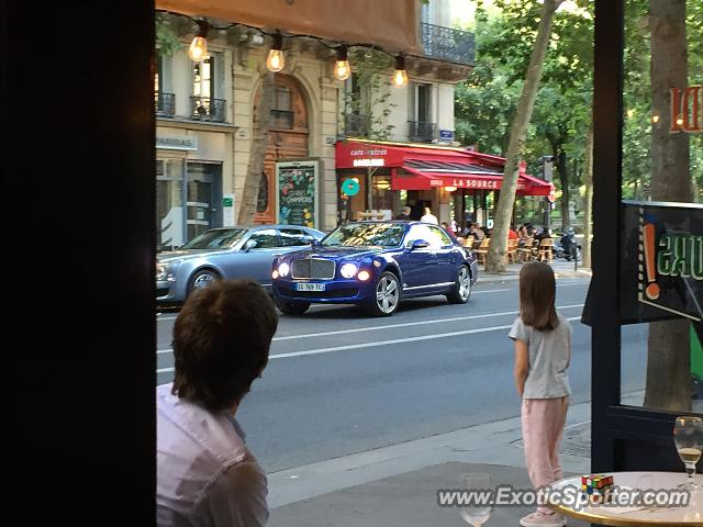 Bentley Mulsanne spotted in Paris, France