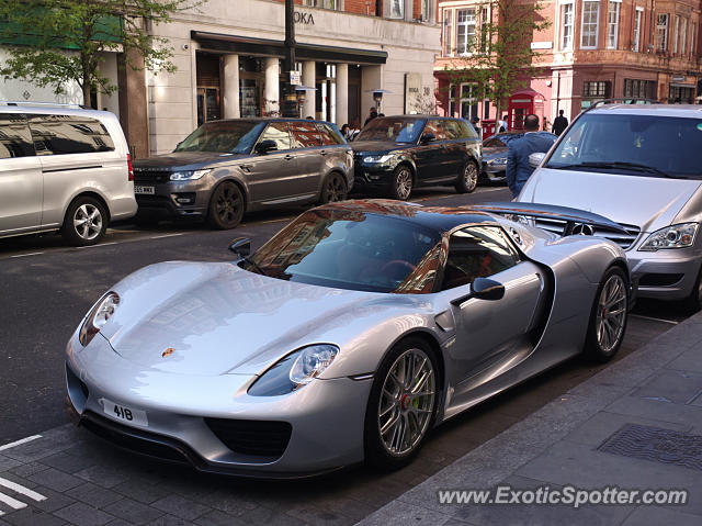 porsche 918 spyder spotted in london united kingdom on 06 16 2017. Black Bedroom Furniture Sets. Home Design Ideas