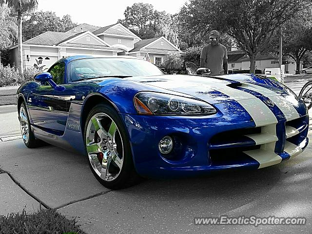 Dodge Viper spotted in Riverview, Florida