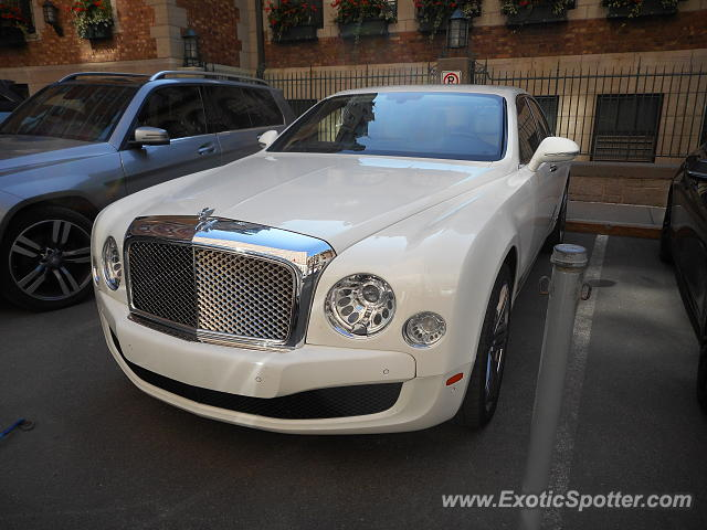 Bentley Mulsanne spotted in Quebec, Canada
