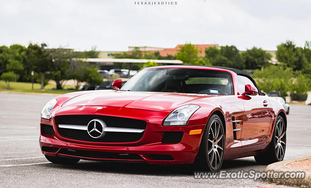 Mercedes SLS AMG spotted in San Antonio, Texas