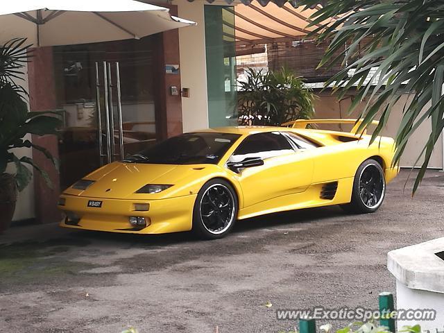 Lamborghini Diablo Spotted In Kuala Lumpur Malaysia On 09 08 2017