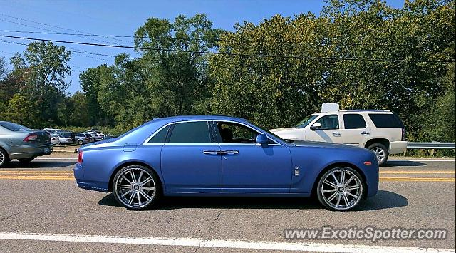 Rolls-Royce Ghost spotted in Rochester Hills, Michigan