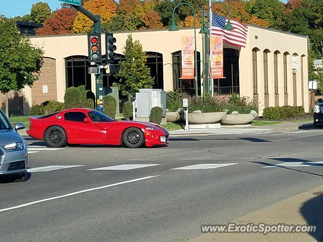Dodge Viper spotted in Wayzata, Minnesota