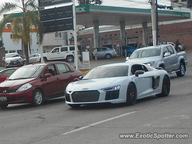 Audi R8 spotted in Guadalajara, Mexico