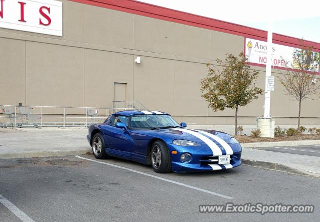 Dodge Viper spotted in Toronto, Canada