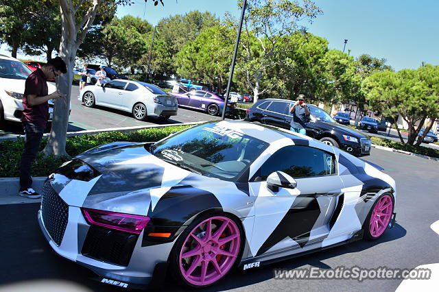 audi r8 spotted in newport beach california on 10 07 2017. Black Bedroom Furniture Sets. Home Design Ideas