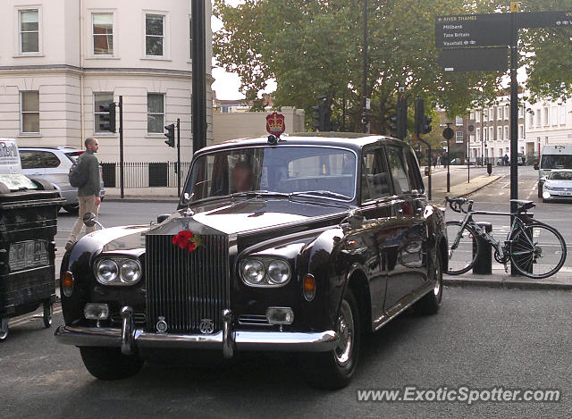 Rolls-Royce Phantom spotted in London, United Kingdom