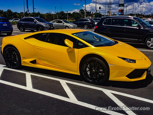 lamborghini huracan spotted in auckland new zealand on 12 03 2017. Black Bedroom Furniture Sets. Home Design Ideas