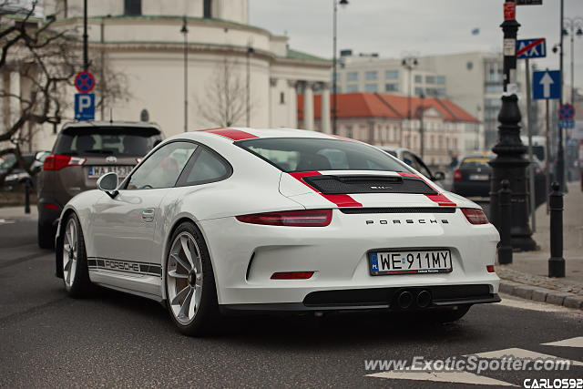 Porsche 911R spotted in Warsaw, Poland
