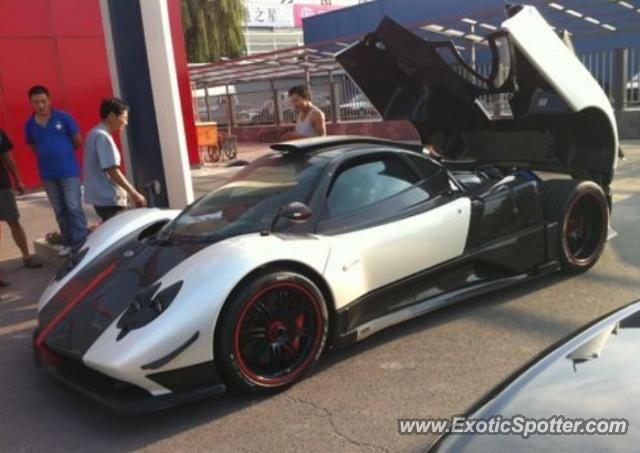 pagani zonda spotted in beijing, china on 08/27/2010