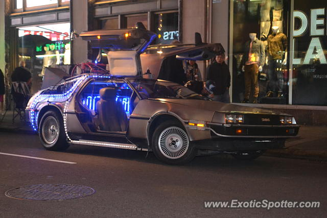 DeLorean DMC-12 spotted in Manhattan, New York