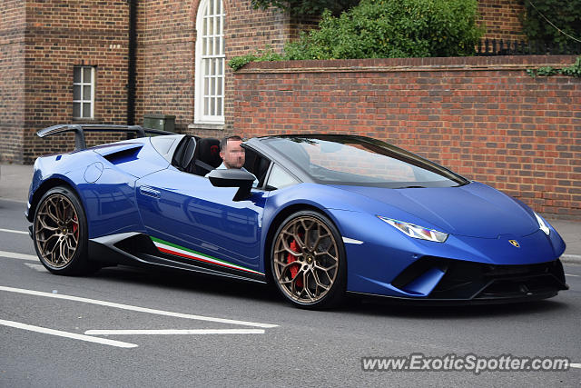Lamborghini Huracan spotted in Reading, United Kingdom