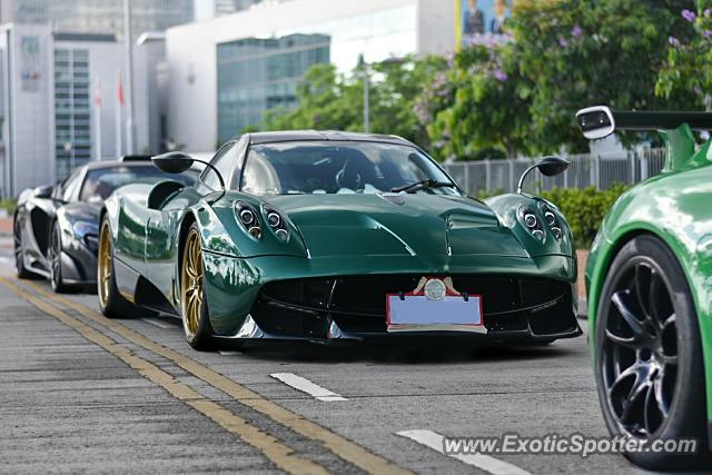 Pagani Huayra spotted in Hong Kong, China