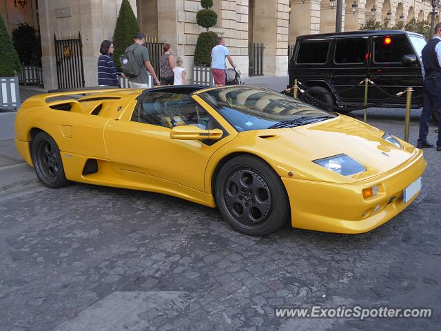 Lamborghini Diablo spotted in Paris, France