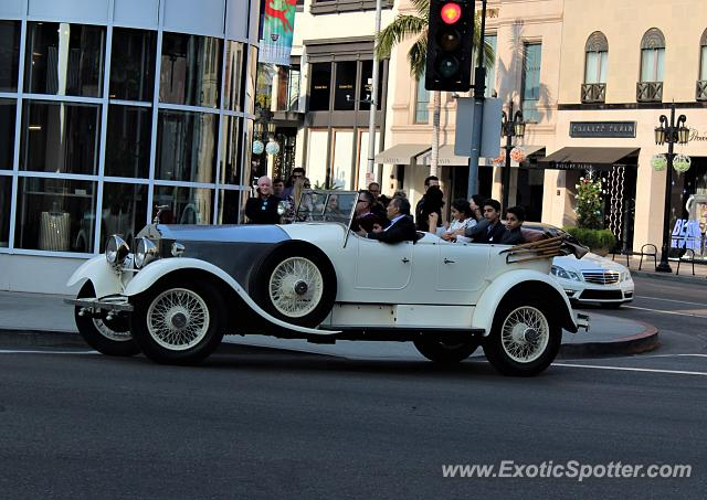 Rolls-Royce Silver Cloud spotted in Beverly Hills, California