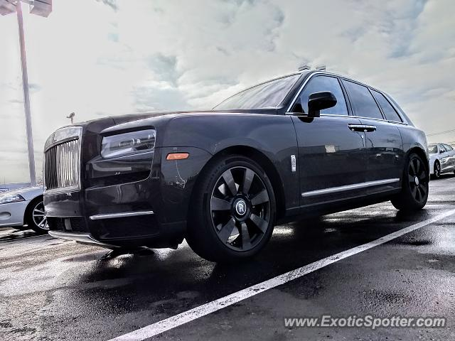 Rolls-Royce Cullinan spotted in Birmingham, Michigan