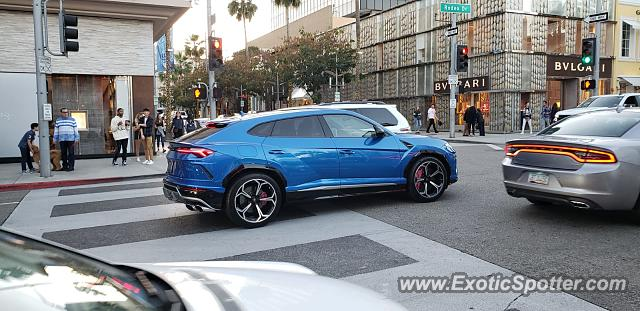 Lamborghini Urus spotted in L.A., California