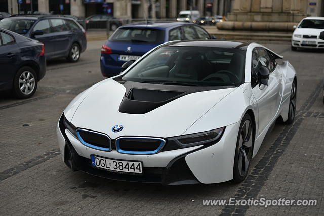 BMW I8 spotted in Warsaw, Poland