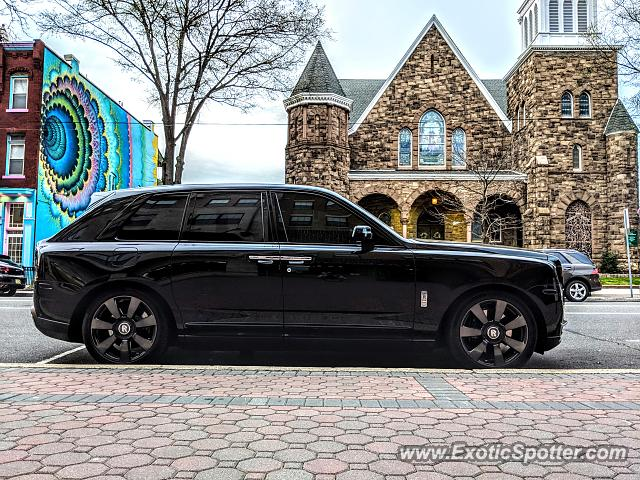 Rolls-Royce Cullinan spotted in Somerville, New Jersey
