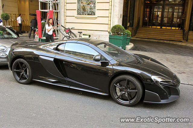Mclaren 675LT spotted in Paris, France