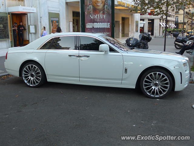 Rolls-Royce Ghost spotted in Paris, France