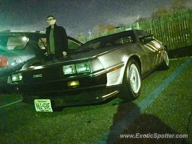 DeLorean DMC-12 spotted in Scotch Plains, New Jersey