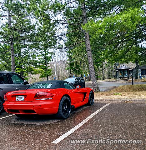 Dodge Viper spotted in Esko, Minnesota