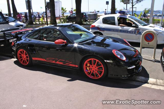 porsche 911 gt2 spotted in cannes france on 07 25 2010. Black Bedroom Furniture Sets. Home Design Ideas