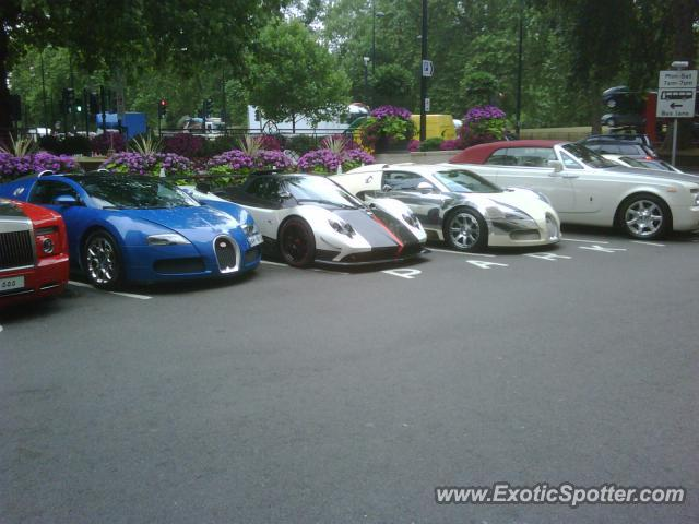 Bugatti Veyron spotted in London, United Kingdom